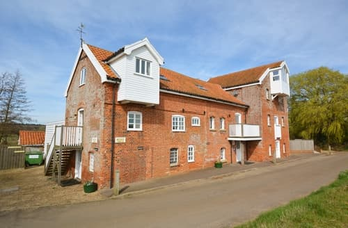 Last Minute Cottages - Butley Mills, Butley