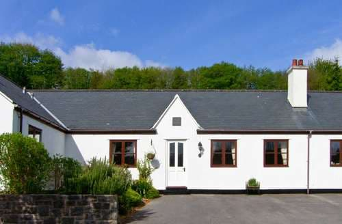 Last Minute Cottages - Cosy Tal Y Bont Cottage S97728