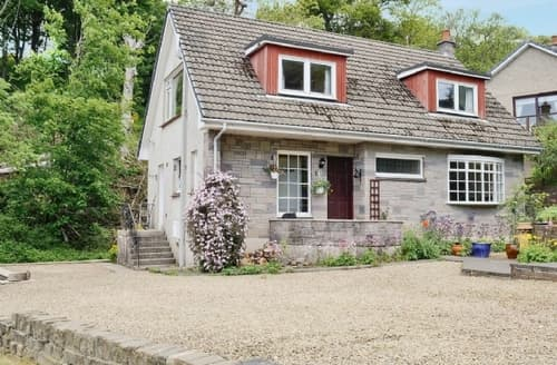 Big Cottages - Beautiful Skelmorlie Cottage S23533