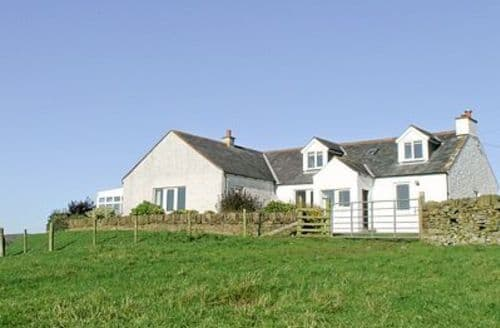 Last Minute Cottages - BOATRIG FARMHOUSE