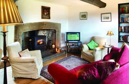Last Minute Cottages - Delightful Kings Sutton Cottage S41849