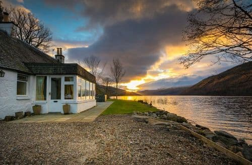 Last Minute Cottages - Stunning  Cottage S86405