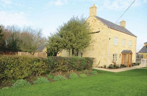 Last Minute Cottages - Exquisite Moreton In Marsh Cottage S44753