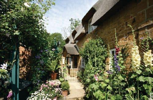 Last Minute Cottages - Inviting Ilmington Cottage S41808