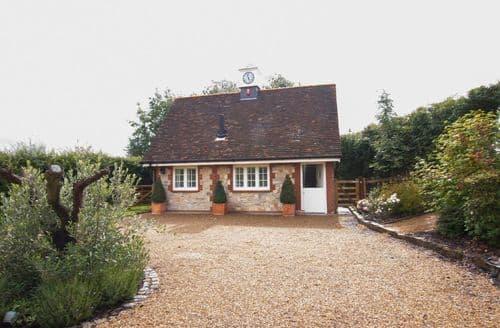 Last Minute Cottages - Exquisite Sevenoaks Cottage S41763
