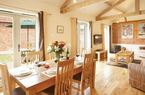 Last Minute Cottages - Wonderful Little Barningham Cottage S41514