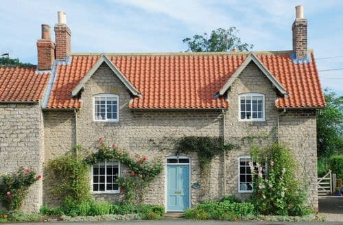 Big Cottages - Tasteful Hovingham Cottage S44813