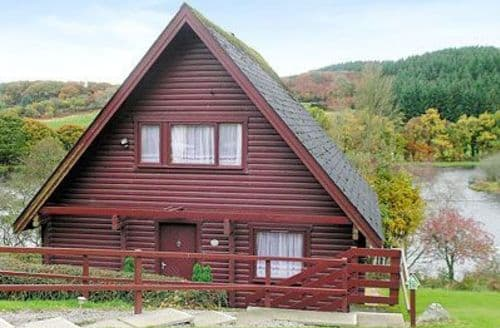 Last Minute Cottages - MILL LOCH VIEW