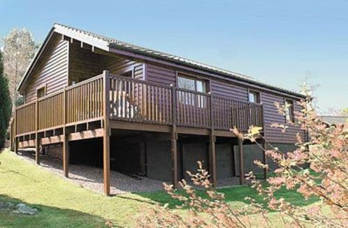 Big Cottages - Charming Sandyhills Lodge S23721