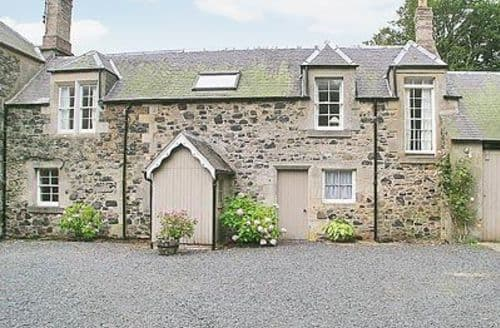 Last Minute Cottages - Quaint Duns Cottage S23751