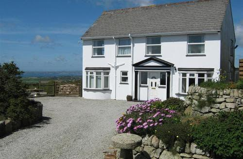 Last Minute Cottages - Tregonning Hill House
