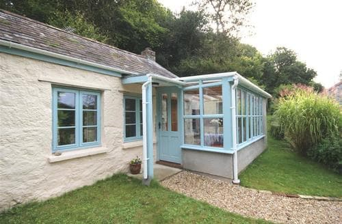 Last Minute Cottages - Stunning South Cornwall Cottage S70824