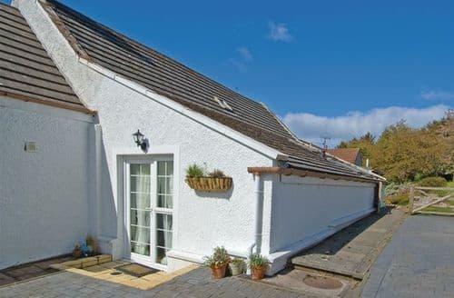 Last Minute Cottages - Colinton Cottage