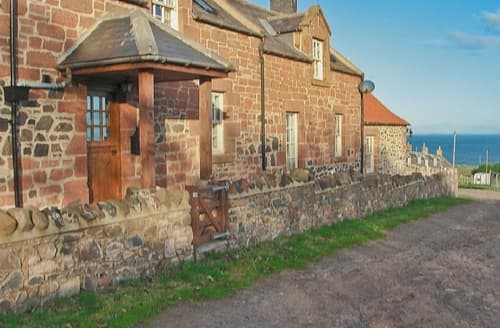 Last Minute Cottages - SMIDDY COTTAGE