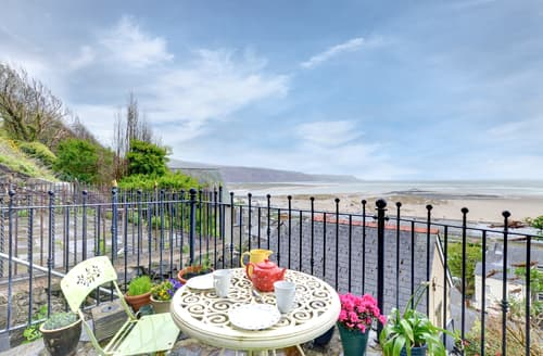 Last Minute Cottages - Excellent Barmouth Apartment S98576