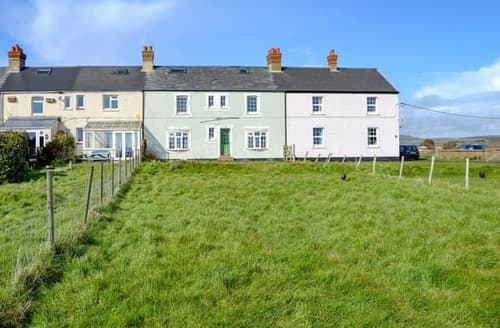 Big Cottages - Beautiful Brighstone Cottage S98586