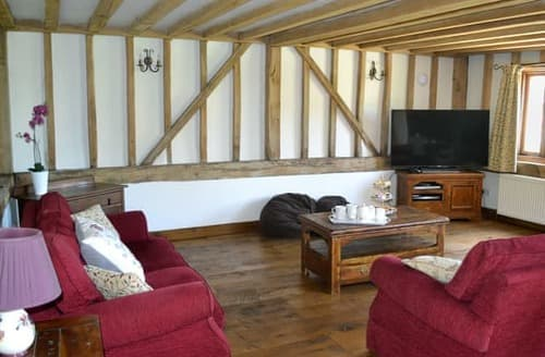 Last Minute Cottages - Lovely Ashford Cottage S98796