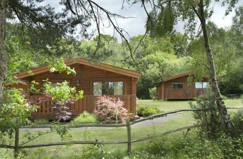 Last Minute Cottages - Cottesmore Lodges S99049