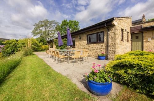 Last Minute Cottages - Sladen Lodge S99129
