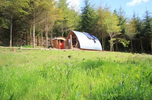 Last Minute Cottages - Devon Dens and Carpenters Cabin - Devon Dens S99150