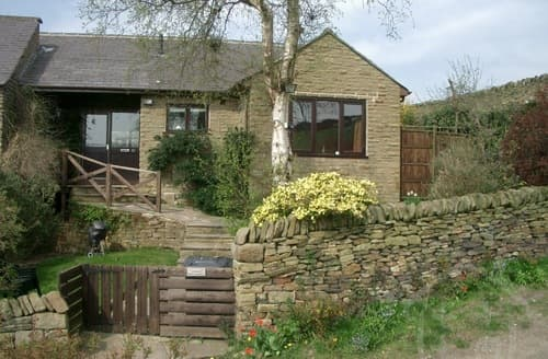 Last Minute Cottages - Peak Retreat S99172