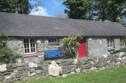 Last Minute Cottages - Penyrallt Fach S99194