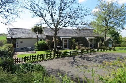 Last Minute Cottages - Lower Trengale Farm Holiday Cottages S99228