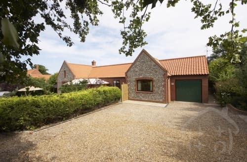 Last Minute Cottages - The Brambles Luxury Cottage S99242