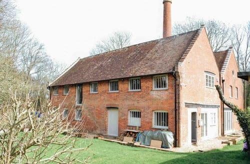 Last Minute Cottages - Beaulieu Brickworks S99260