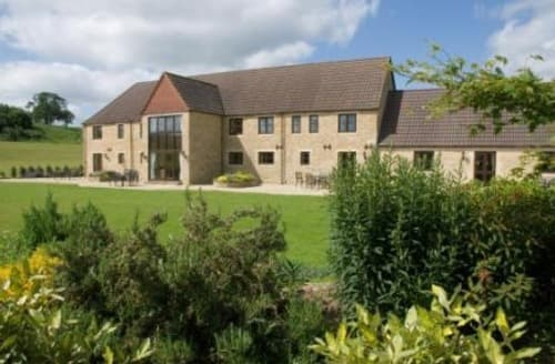 Last Minute Cottages - Cumberwell Country Cottages   Benzes Mead Cottage S99290