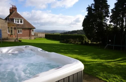 Last Minute Cottages - Axen Lodge S99322