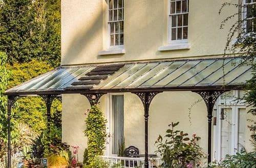 Last Minute Cottages - Rosemoor House Apartments S99387