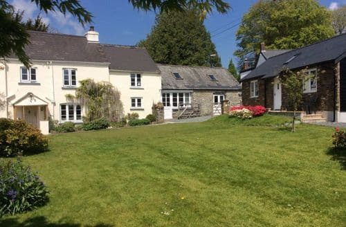 Last Minute Cottages - The Lodge And The Forge At Bedford Cottage S99403