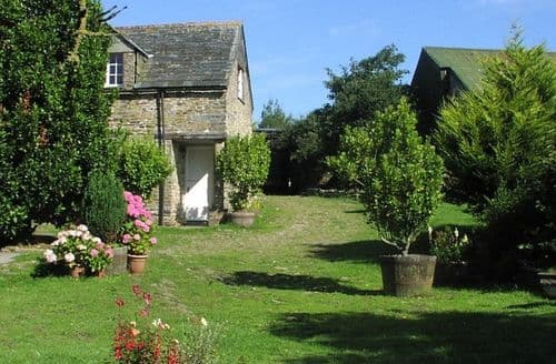 Last Minute Cottages - Old Newham Farm S99419