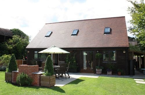 Last Minute Cottages - Leadon View Barn S99491