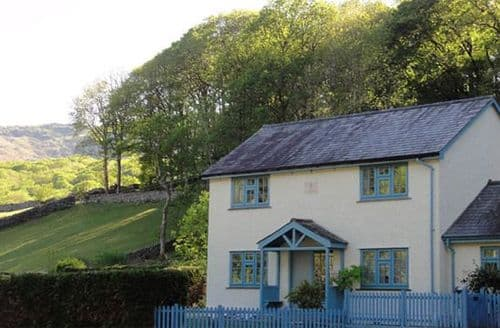 Last Minute Cottages - Forest Lodge S99633