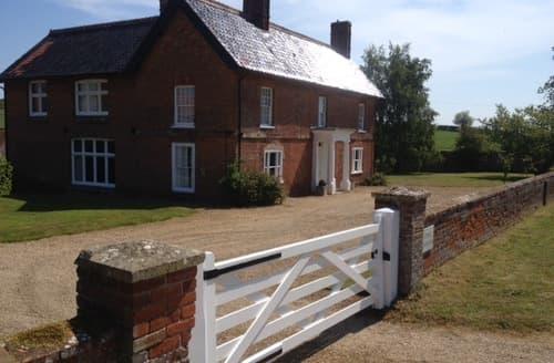 Last Minute Cottages - Edgar Farmhouse S99751
