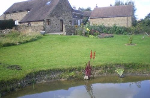 Last Minute Cottages - The Swallows & The Robins At Cowclose Barn S99777