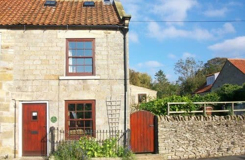 Last Minute Cottages - The Cottage   Gillamoor S99805
