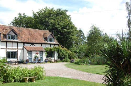 Last Minute Cottages - Litmarsh Farm Cottages - Symonds Cottage S99836