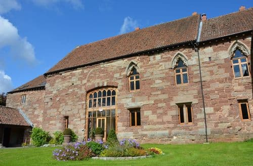 Last Minute Cottages - Flanesford Priory S99903