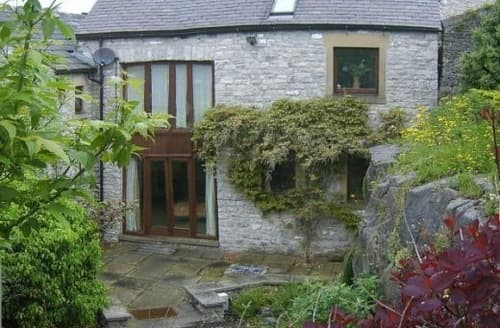 Last Minute Cottages - Courtyard Barn S99943