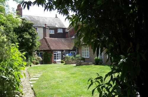 Last Minute Cottages - The Garden Cottage S99949