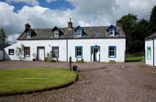 Last Minute Cottages - Kirkwood - Dalton Green Farmhouse S99991