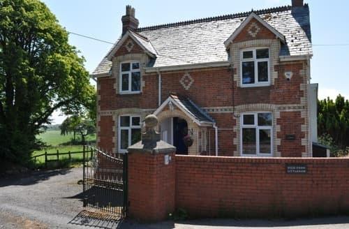 Last Minute Cottages - High Park Lodge & Sheldon Barn   High Park Lodge S100088