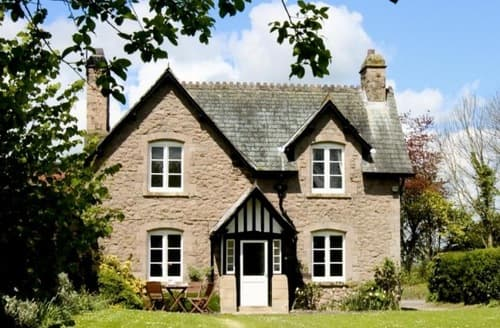 Last Minute Cottages - White Heron Properties   Forge Cottage S100095