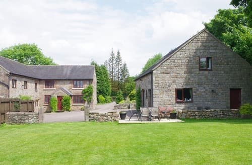 Last Minute Cottages - Blackshaw Grange Holiday Cottages   The Roaches S100211