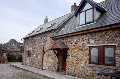 Last Minute Cottages - SEAVIEW COTTAGE