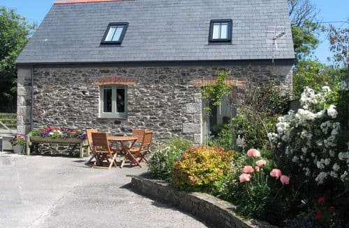 Last Minute Cottages - Higher Rosevine Farm - Wreckers' Barn S100320