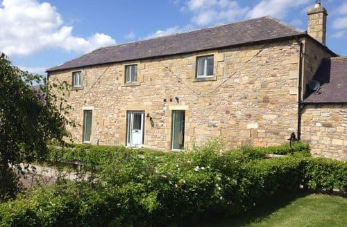 Last Minute Cottages - Burnfoot Holiday Cottages   The Mill (Sleeps 8) S100386